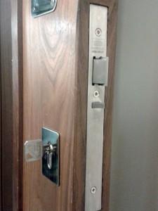 Abbeygate Locksmiths Lock Install